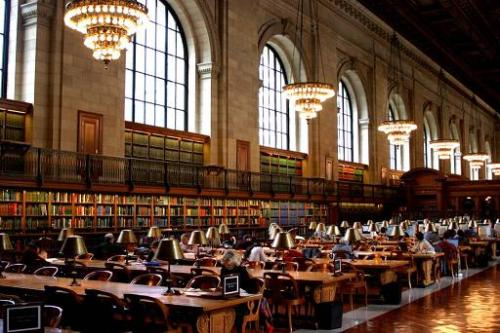 This is the place where I spent long and fruitful hours full of exciting discoveries, the New York Public Library reading room in the heart of Manhattan.