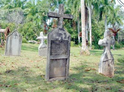 Home to about 90 tombs, the Gatun Cemetery is the resting place of primarily Westindian workers and family members.