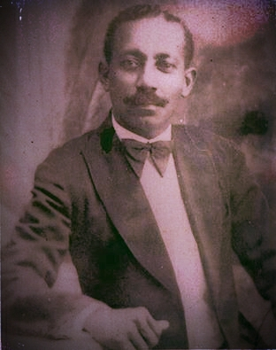 Dr. José Antonio Price